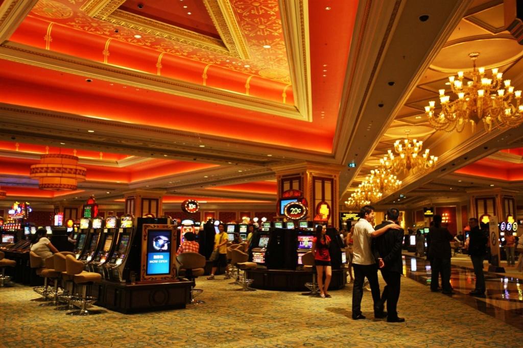 Казино венеция адрес как обыграть казино советы